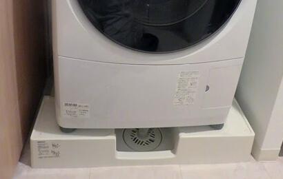 ドラム式洗濯機や大型洗濯機の排水口つまり