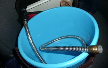 水栓蛇口の水漏れ修理と交換
