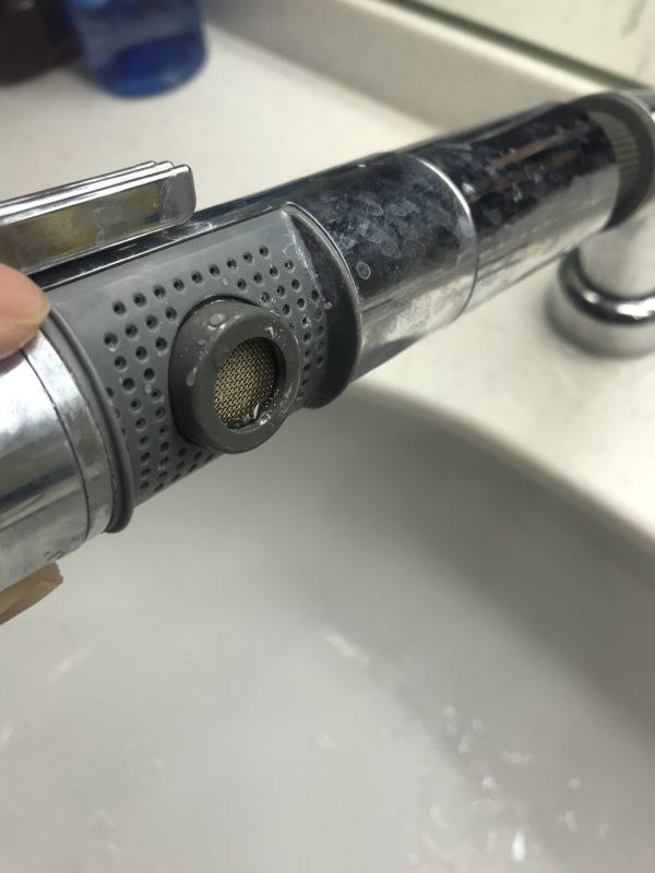 洗面蛇口の吐水口