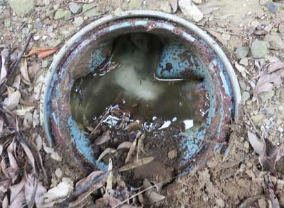 屋外排水管と排水マスのつまり