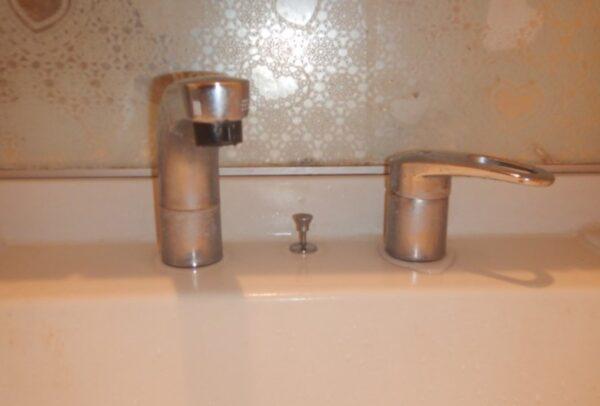 水漏れする洗面所水栓